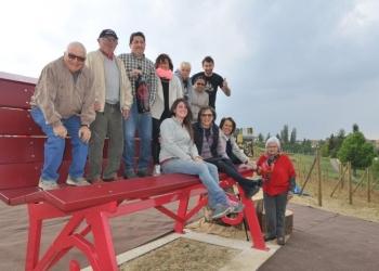 Inaugurata la Panchina Gigante rosso Barbera.